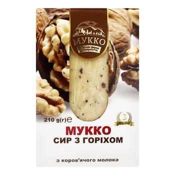 Сыр Мукко с орехом 50,2% 210г