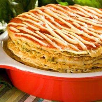 Млинцевий пиріг з травами і грибною начинкою