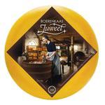 Сыр Juweel Буренкаас Фермерский с трюфелем 48% весовой