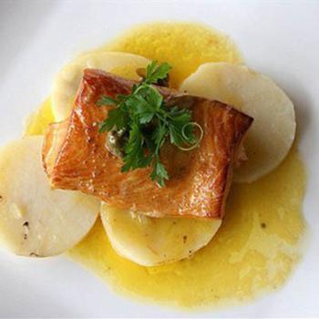Глазированный лосось с медом и горчицей