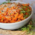 Салат из жареной моркови с апельсинами и корицей
