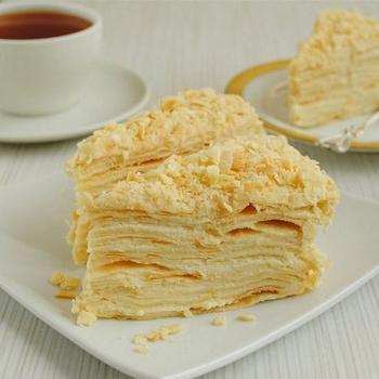 Слоеное пирожное с кремом