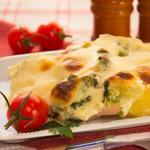 """Запеканка с индейкой, брокколи и картофелем под соусом """"Бешамель"""""""
