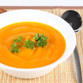 Тыквенный суп-пюре с цветной капустой и имбирем