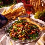 Теплий середземноморський салат із баранини