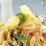 Салат из лосося с сыром