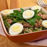 Салат з тунцем і стручковою квасолею