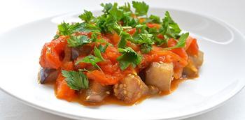Баклажани в томатному соусі