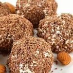 Творожные пирожные с финиками и шоколадом