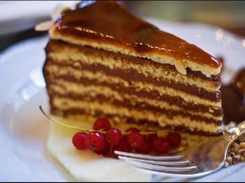 Добош - угорський торт