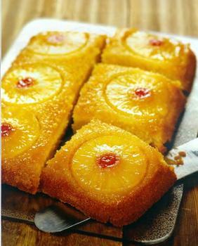 Ананасовий пиріг