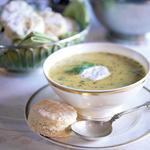 Суп из нута, перца чили и кориандра
