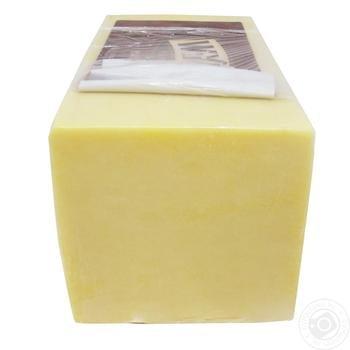 Сыр Wyke farms Чеддер выдержан весовой 48%