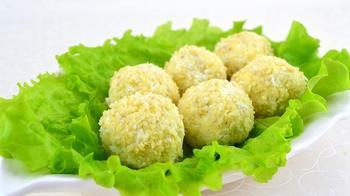Рибний салат «Рафаелло»