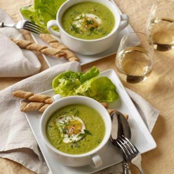 Венгерский суп-пюре из шпината со сливками