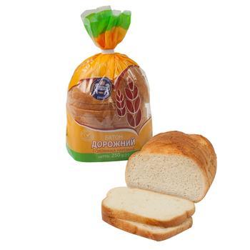 Батон Кулиничі Дорожній пшеничний половинка нарізаний 250г - buy, prices for Auchan - photo 1