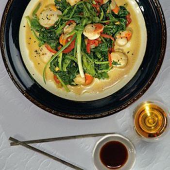 Морські гребінці з овочами