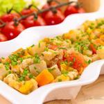 Кольраби, тушеная с куриным филе и овощами
