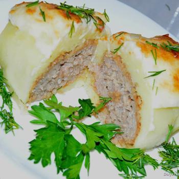 Котлети в картоплі під сирною шапкою