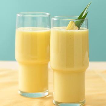 Мангово-ананасовий смузі