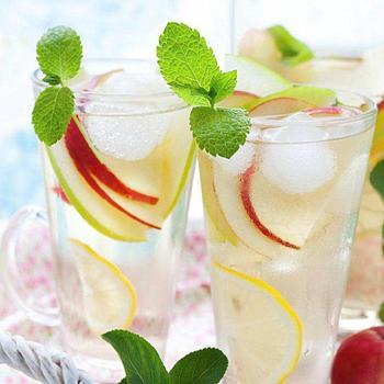 Ванильно-яблочный лимонад с имбирем
