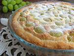 Сирний пиріг з виноградом