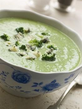 Крем-суп з брокколі і блакитного сиру