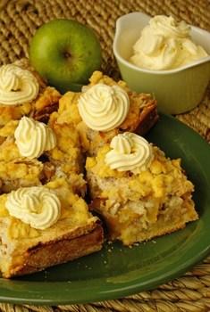 Яблочный пирог с грецкими орехами по‑провански