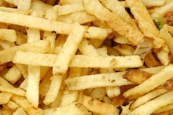 Смажені в духовці картопляні палички по-японськи