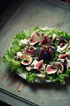 Салат из инжира и груши