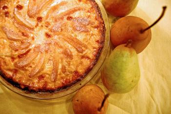 Сирний пиріг з грушею
