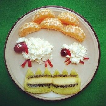 Кисломолочний сир з фруктами для дітей