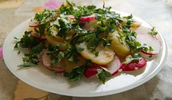 Картопляний салат по-весняному