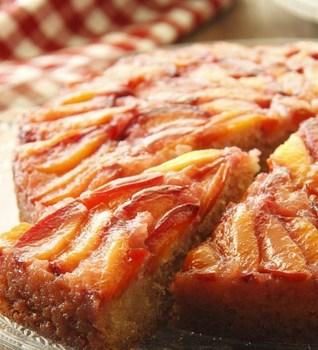 Перевернутый сливовый пирог