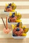 Быстрый сливовый десерт с гвоздикой