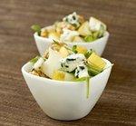 Фруктово-овочевий салат з блакитним сиром