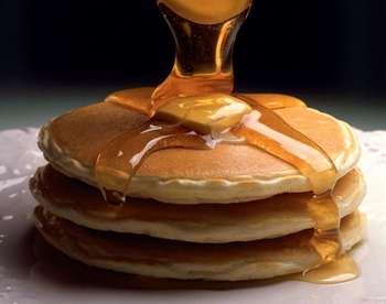 Дріжджові оладки з медом