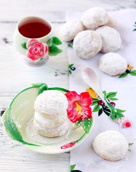 Снежное песочное печенье