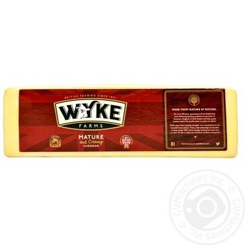 Сыр Wyke Farms Чеддер выдержанный 51%