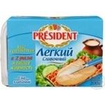 Сыр Президент Легкий плавленый 20% 200г Россия
