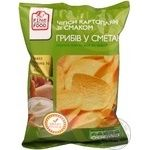 Chips Fine food potato with taste of sour cream 80g Ukraine