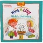 Книга Перша англійська з Nick and Lilly: Nick's birthday. Langenscheidt, Alexa Iwan (український словничок)