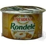 Сыр творожный Президент Ронделе с орехами 70% 125г пластиковый стакан Франция