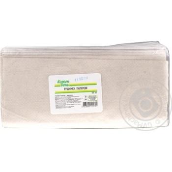Полотенца бумажные Кожен День Z-Z 200шт - купить, цены на Ашан - фото 1