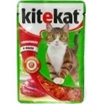 Корм для взрослых котов Kitekat с говядиной в желе 100г
