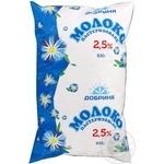 Молоко Добриня пастеризоване 2.5% 930мл поліетиленовий пакет Україна