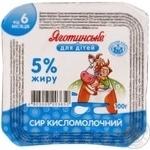 Творог Яготинское для детей с 6 месяцев 5% 100г пластиковый стакан Украина