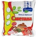 Sour cream Garmoniya chilled 21% 400g sachet Ukraine