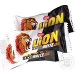 Цукерки Nestle Lion Чорне та біле вагові
