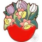 Кошик з весняними квітами